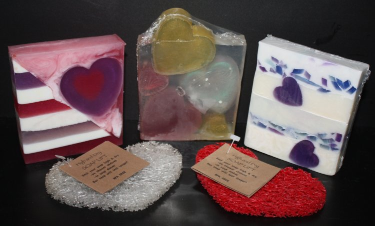 Valentine's Day Special.. 3 soaps and a heart soap life. - Click Image to Close
