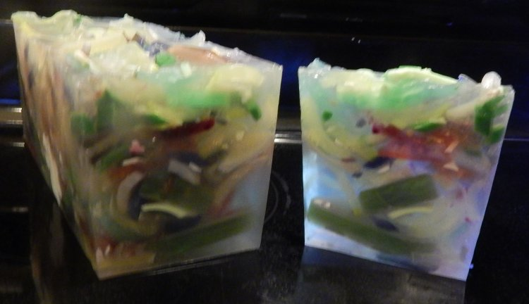 Confetti Soap with Dublin Tweed Fragrance - Click Image to Close